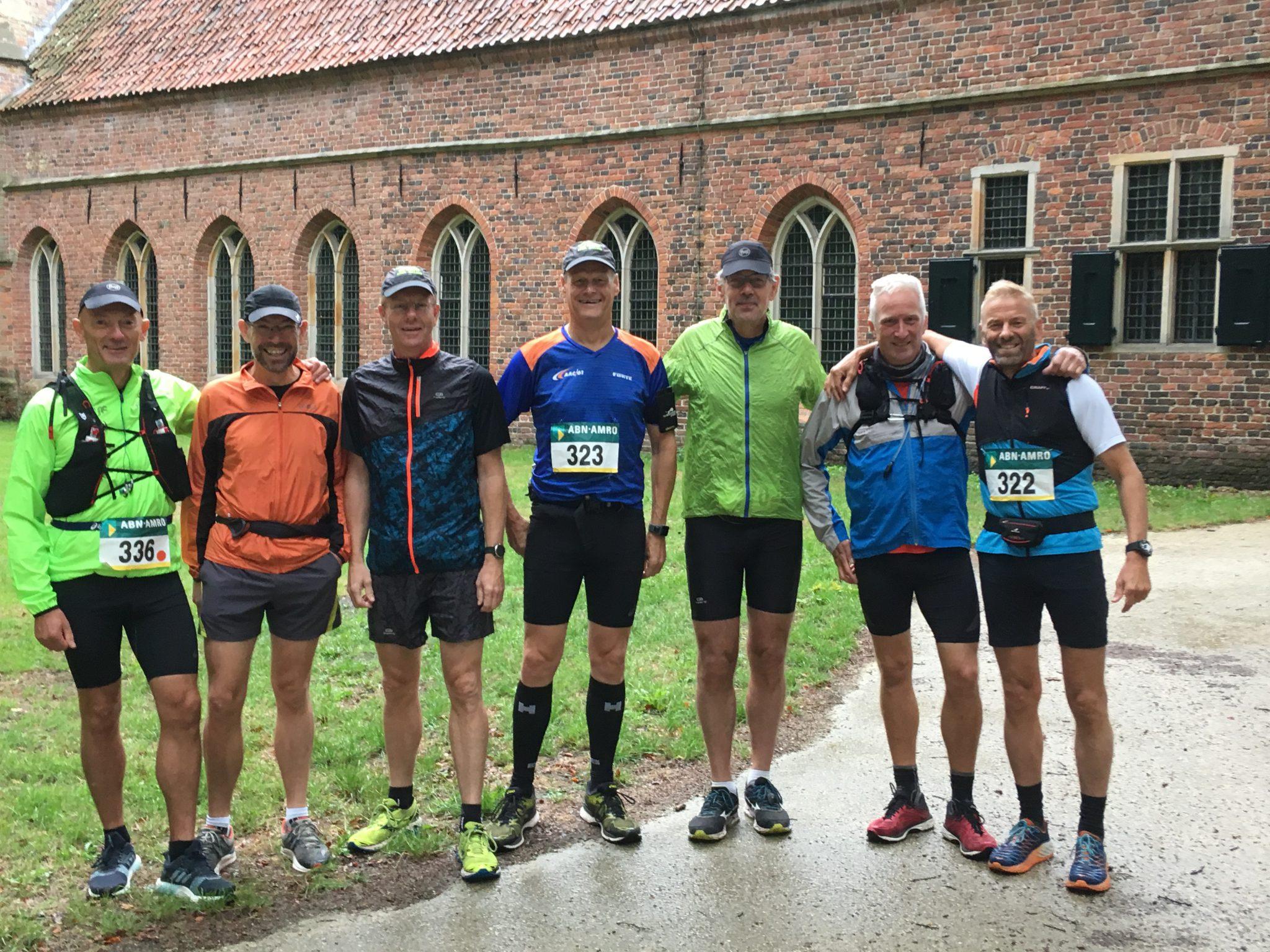 Monnikentocht door leden Marathongroep van AAC'61